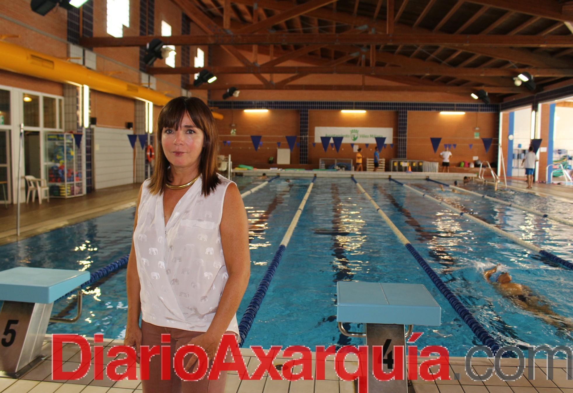 La piscina cubierta de Vélez abre sus puertas tras finalizar las obras de mejora de climatización del complejo