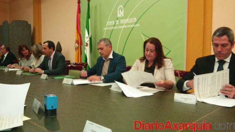 Foto firma alcaldesa