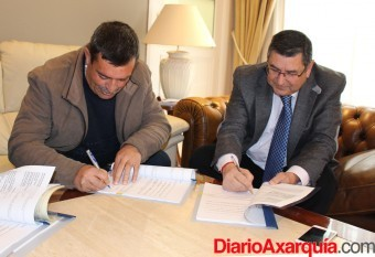 Moreno Ferrer firma