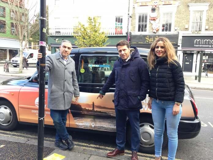 La iniciativa, que ha sido presentada por el presidente de Turismo Costa del Sol, Elías Bendodo, junto al alcalde de Torrox, Óscar Medina, y la edil responsable de Turismo, Sandra Extremera,