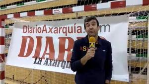 Entrenador del C. B. Axarquía, Pepe Lorca.