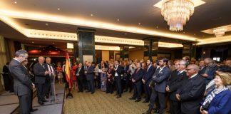 Los consejeros consultivos Abdullah Ben Barek y Francisco Martín Aguilar, y el capitán blanquiazul Miguel Torres, acudieron a una recepción en la Embajada de Qatar en España.