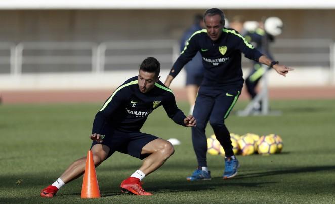 El volante izquierdo regresa al Real Sporting de Gijón hasta el final de la presente temporada 2017/18..