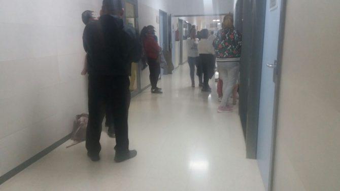 Más de cinco horas  de espera en Urgencias del Hospital Comarcal de la Axarquía.Imagen enviada por usuarios.