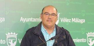 """""""Nunca había tenido este ayuntamiento tantos concejales de Fiestas que se entrometen y mangonean al titular de la delegación"""", expone Jesús Lupiáñez."""