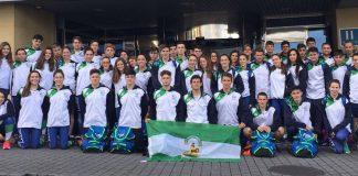 La Selección Andaluza infantil-juniorde natación culmina su participación en el Campeonato de España por Comunidades en tercera posición, con la participación de las chicas del Club Natación Axarquía rindiendo a un gran nivel.