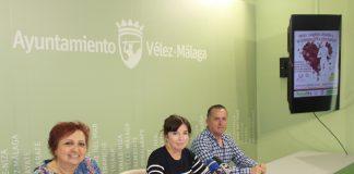 La concejala de Deportes, María José Roberto, junto a la presidenta de la Asociación Esperanza, Pilar Serrán, y el representante del Club Atletismo Vélez, Rafael Jaramillo, han informado hoy de los detalles de ambos eventos populares que se celebran el próximo 10 de junio a partir de las 10.00 horas.