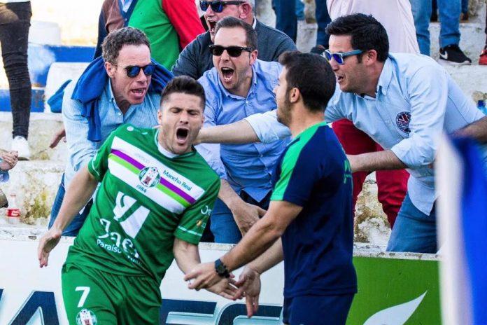 La última jornada de liga en el grupo IX de Tercera División se fraguó sin sorpresas para un Vélez que jugaba su último encuentro de la temporada en el feudo de Mancha Real.
