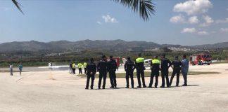 Hasta el lugar se desplazaron efectivos del Cuerpo de Bomberos, Policía Local y Policía Nacional así como los Servicios de Emergencias Sanitarias.