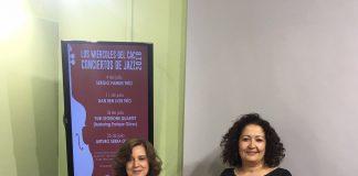 La concejala de Cultura, Cynthia García, y la directora del CAC de Vélez-Málaga, María Luz Reguero, informaron de la programación de actuaciones que tendrán lugar los miércoles de julio y agosto y que contará con prestigiosos artistas nacionales e internacionales.