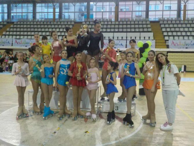 Felicidades a todas las chicas del Club Patinaje Artístico La Torre.