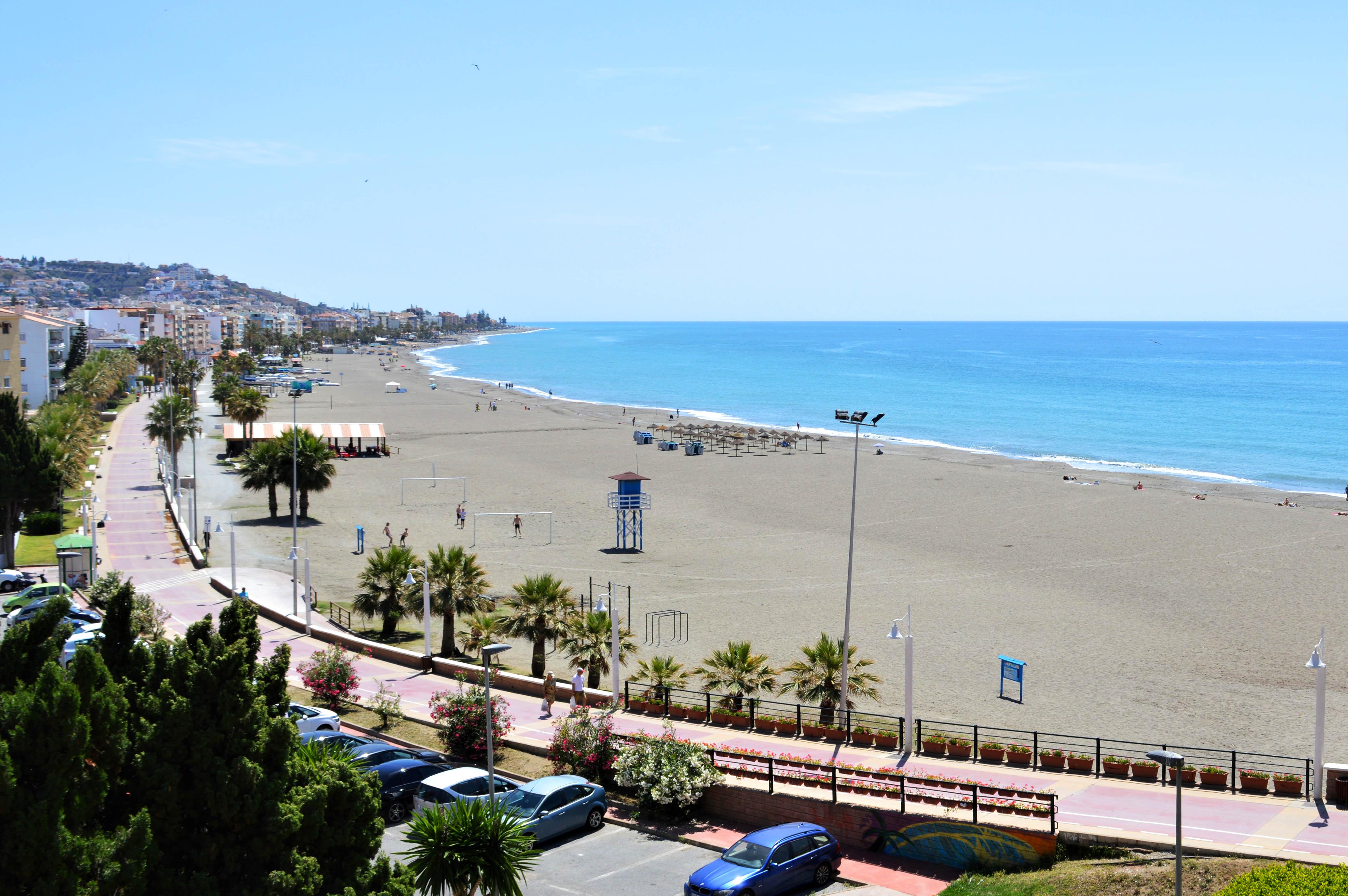 Playa Rincon De La Victoria Diario Axarquia Malaga