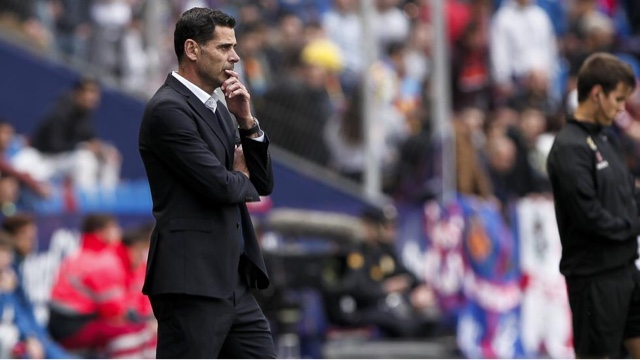 Fernando Ruiz Hierro ocupará el cargo de seleccionador nacional en lugar de Julen Lopetegui, sobre el que recaía la opción de ser destituido tras anunciar que sería entrenador del Real Madrid.