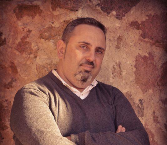 La Editorial Gregal publica una obra de David de Pedro, un autor hasta el día de hoy independiente, que ha estado tres años consecutivos entre los 40 más vendidos en Amazon EUA dentro de la categoría de intriga.