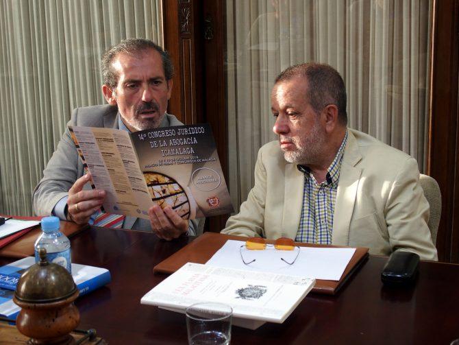 El decano, Francisco Javier Lara, y el equipo que coordina la atención a estas personas mantienen una reunión con Francisco Fernández Marugán en la sede colegial