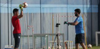 El equipo blanquiazul desarrolló una sesión de recuperación en el gimnasio de La Rosaleda. En el Anexo fueron diez el total de efectivos que se emplearon en el primer entreno del día.