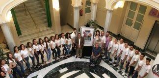 El Ayuntamiento ha presentado esta mañana a los 24 participantes en el certamen 'Amparo Muñoz' que se celebra el próximo 26 de septiembre en la caseta oficial del recinto ferial.