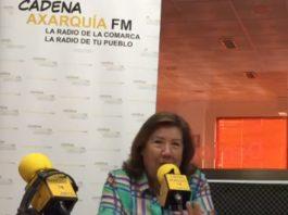 La artista Mari Carmen Cabello en una entrevista con CADENA AXARQUIA FM.