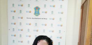 """La portavoz naranja, María del Carmen López, critica el """"nulo respeto"""" del equipo de gobierno por el ahorro de los nerjeños."""