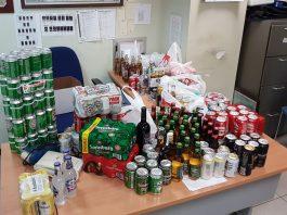 Agentes de la Brigada Móvil se incautaron de botellas y latas en un control de seguridad previo al embarque para prevenir el consumo de alcohol en los vagones y posibles incidentes en los trayectos a la ciudad de Sevilla.