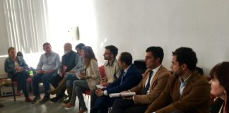 La institución reúne en Campillos a ayuntamientos, entidades sociales y empresas locales para tratar de establecer una estrategia común de ayuda social.