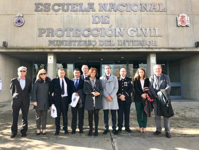 La Escuela Nacional de Protección Civil acoge en Madrid el acto de entrega de estas condecoraciones presidido por el ministro Grande-Marlaska.