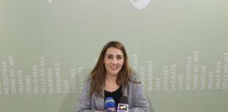 La concejala de Bienestar Social e Igualdad, Zoila Martín, ha presentado el nuevo programa 'Alquila' de la Junta de Andalucía, que abre el plazo de solicitud el lunes 10 de diciembre, para favorecer el bienestar de los jóvenes, los mayores y las personas más vulnerables contribuyendo en el pago de su vivienda habitual.